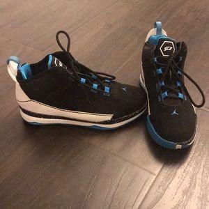 sports shoes 68507 197fc EUC Jordan CP3 III